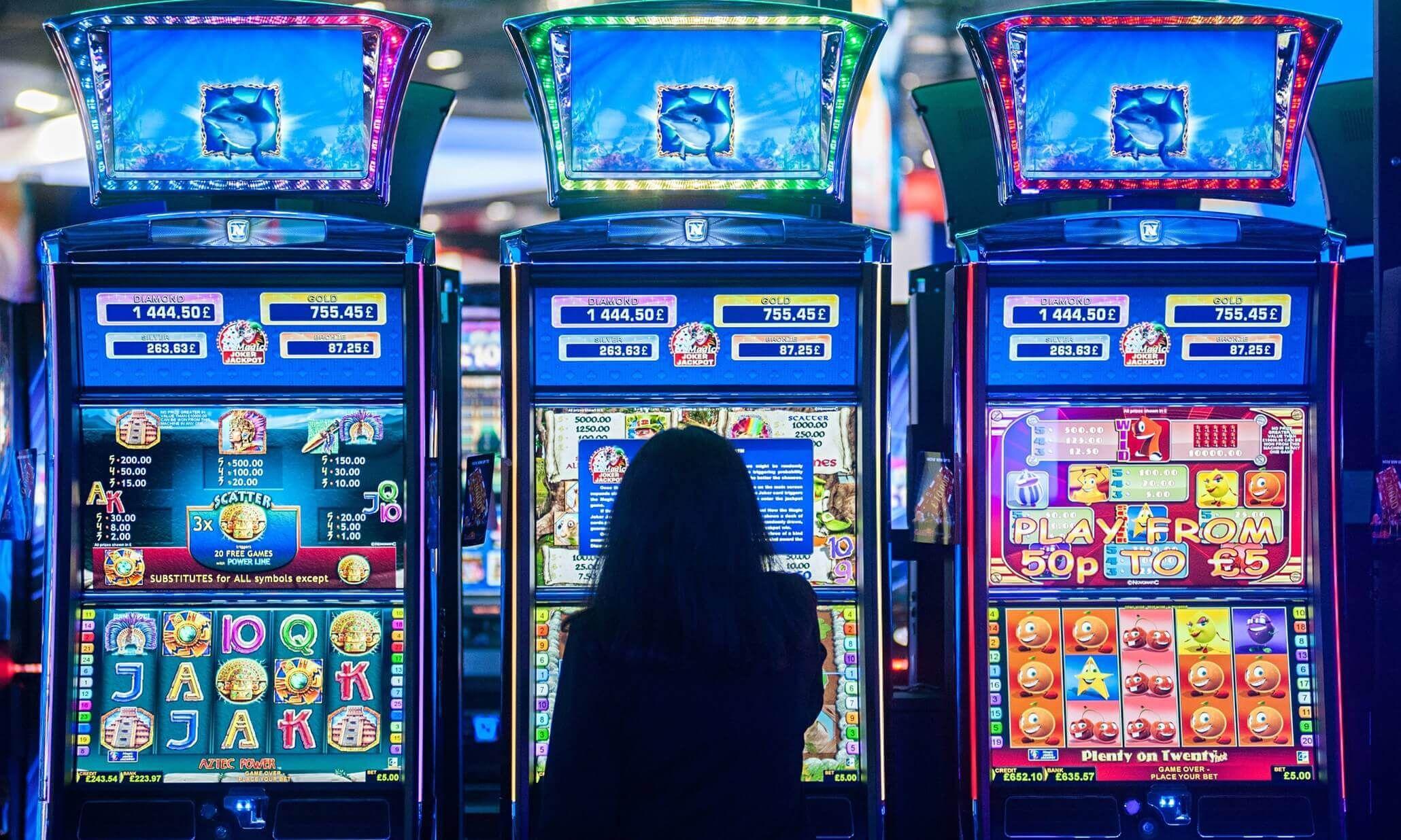 Можно ли выиграть в онлайн покер отзывы дилерон и миникотик играют в майнкрафт на картах